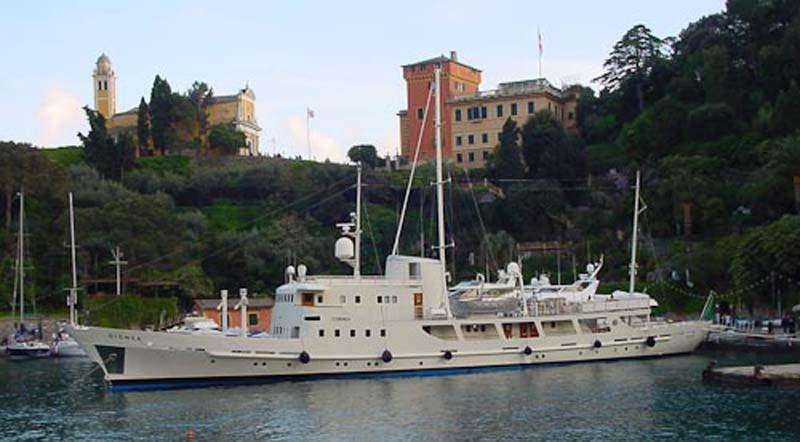 yacht Dionea