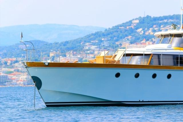 yacht Betti Lazuri