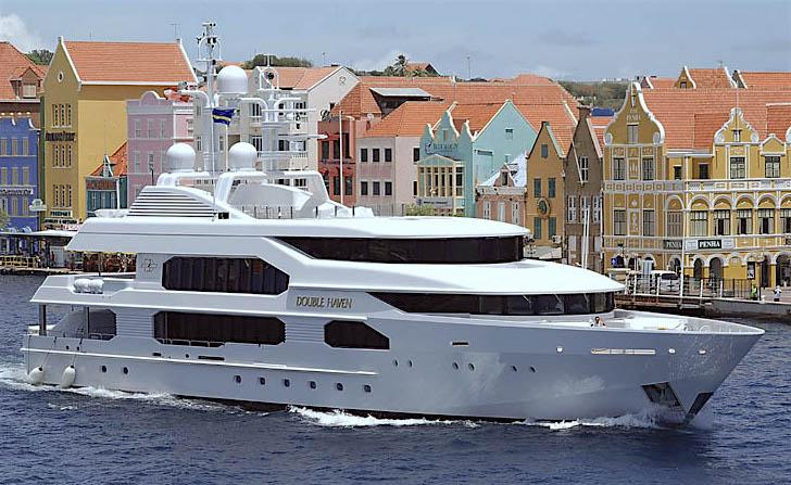yacht Double Haven