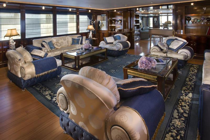 yacht Blue Eyes London