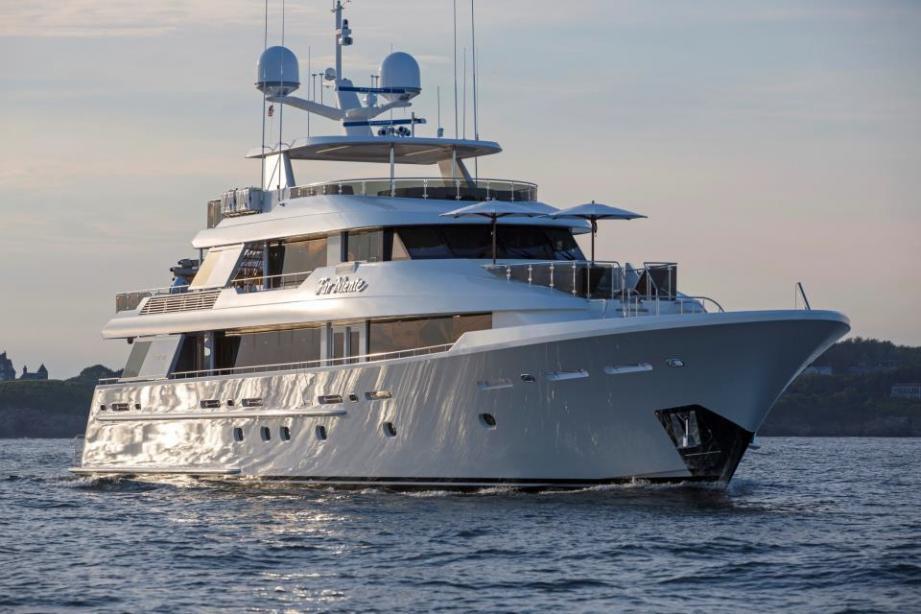 Motor yacht Far Niente 130 - Westport - Yacht Harbour