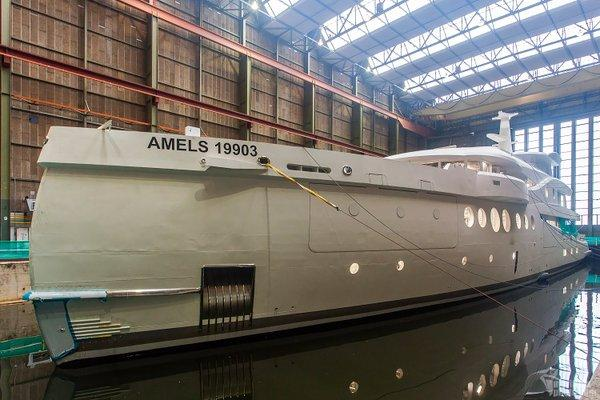 yacht Amels 19903