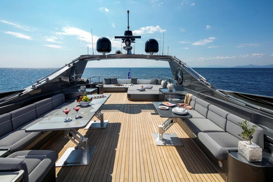 yacht Summer Dreams