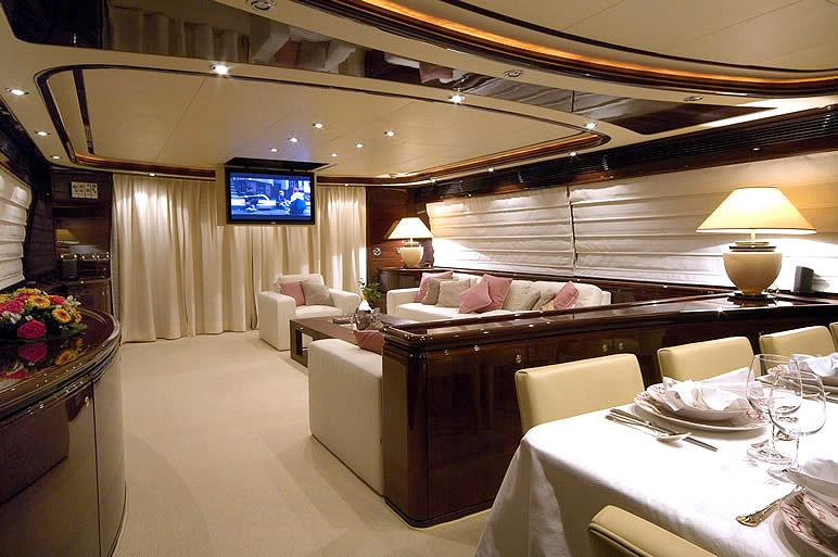 yacht Two Kay