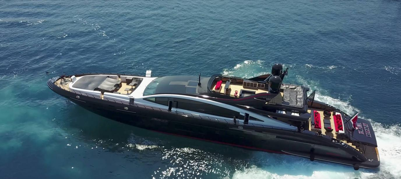 yacht Black Legend