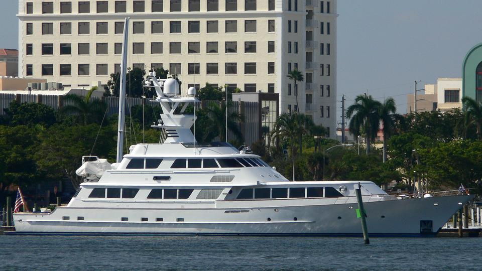 Motor yacht Lady Sandals - Feadship
