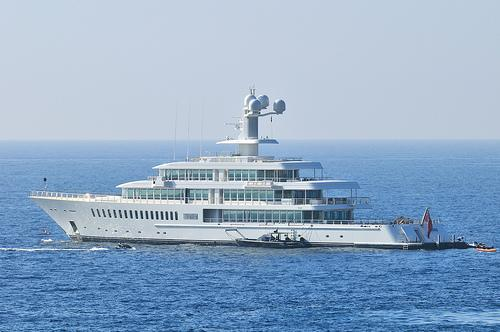 yacht Fountainhead