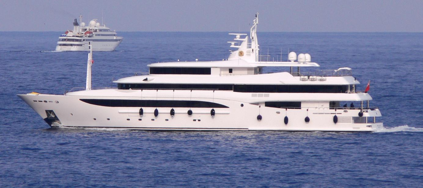 yacht Constance