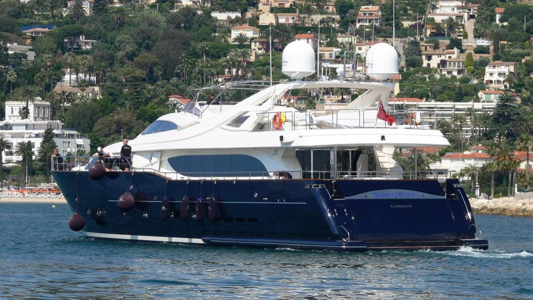 yacht Queen of Sheba