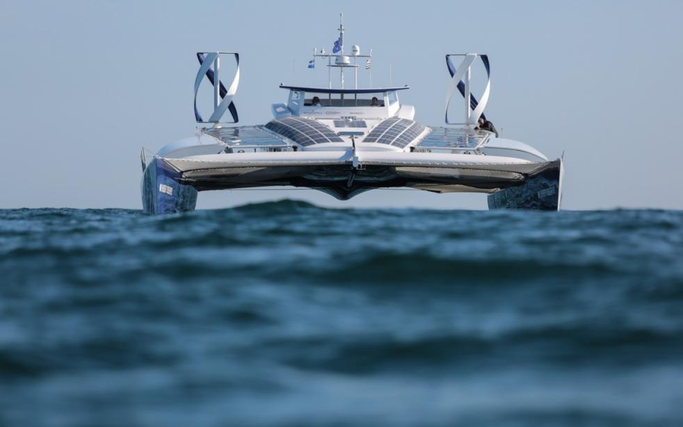 Motor Yacht Energy Observer Canadair Yacht Harbour