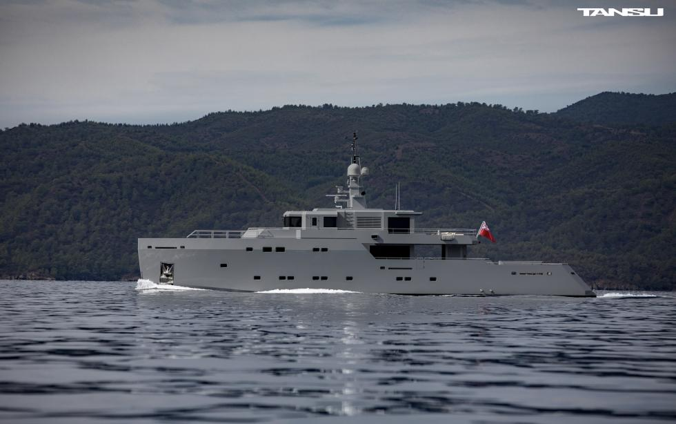 yacht Tigershark One
