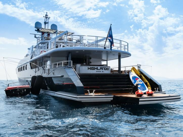Tiny Home Designs: Motor Yacht Highlander